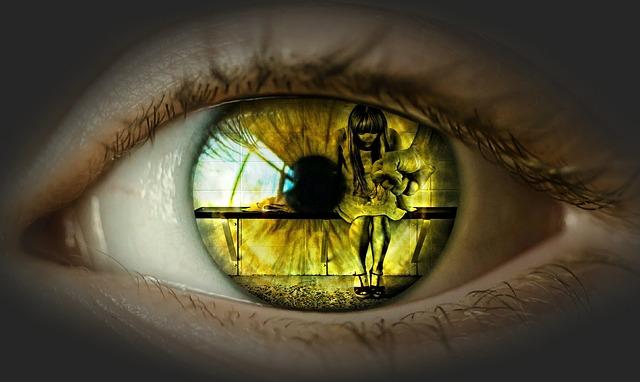 dívka v oku