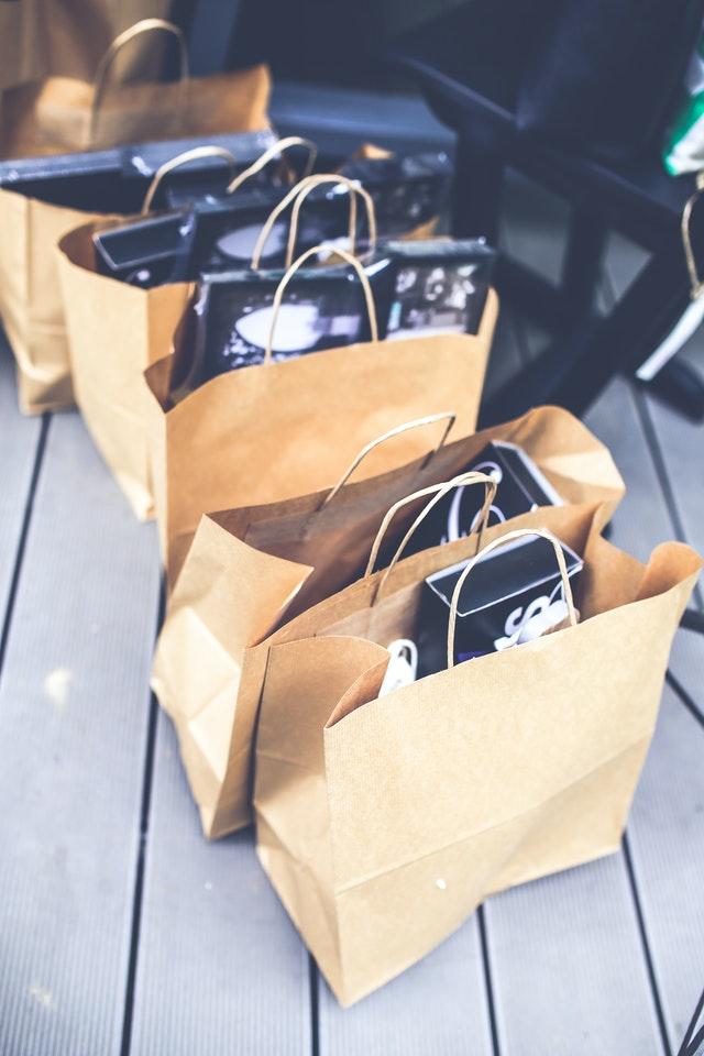 papírové tašky, balení